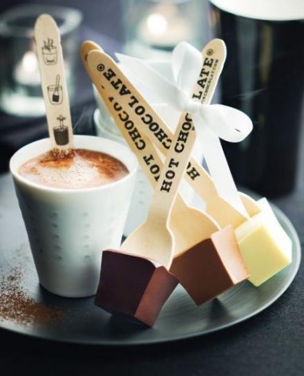 Karšto šokolado gėrimas