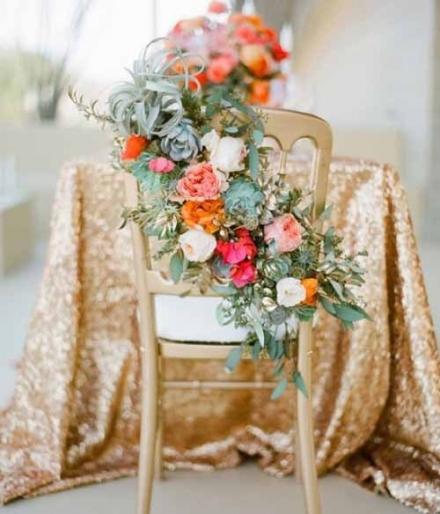 Vestuvių vietos puošimas gėlėmis